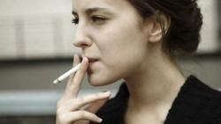 Femmes fummeuses en Algérie