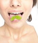 كيف تتخلصين من رائحة الفم الكريهة في شهر رمضان؟