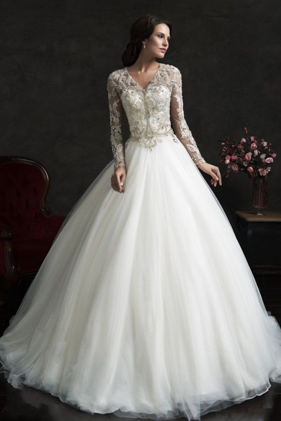 robe blanche pèrlé