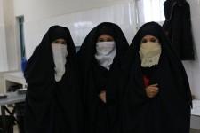 جمال المرأة الجزائرية و هي في حلته التقليدية
