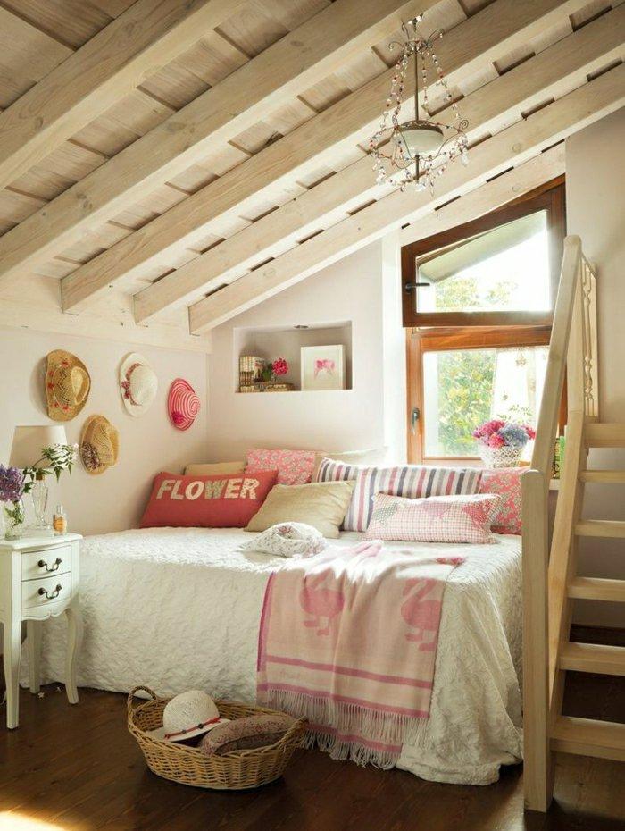 chambre-ado-fille-design-toit-mansarde