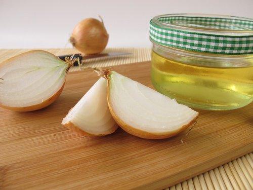 قناع البصل و زيت الخروع و الآرجان