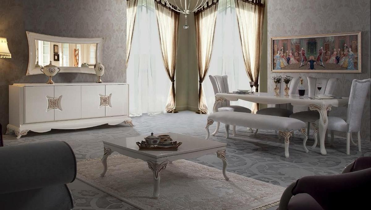 غرفة معيشة راقية باللون الرمادي